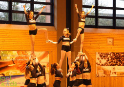Pyramide der Cheerleader-Girls